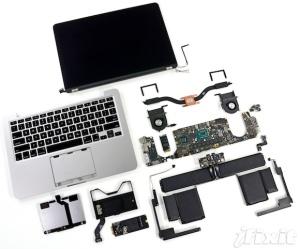 MacBook Pro Retina 13-pulgadas Revela lo complejo de su ensamblado.